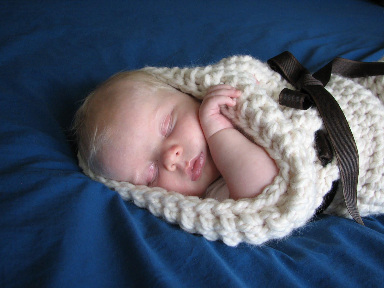 Luxury Free Knit Baby Cocoon Pattern Crest - Sewing Pattern for ...