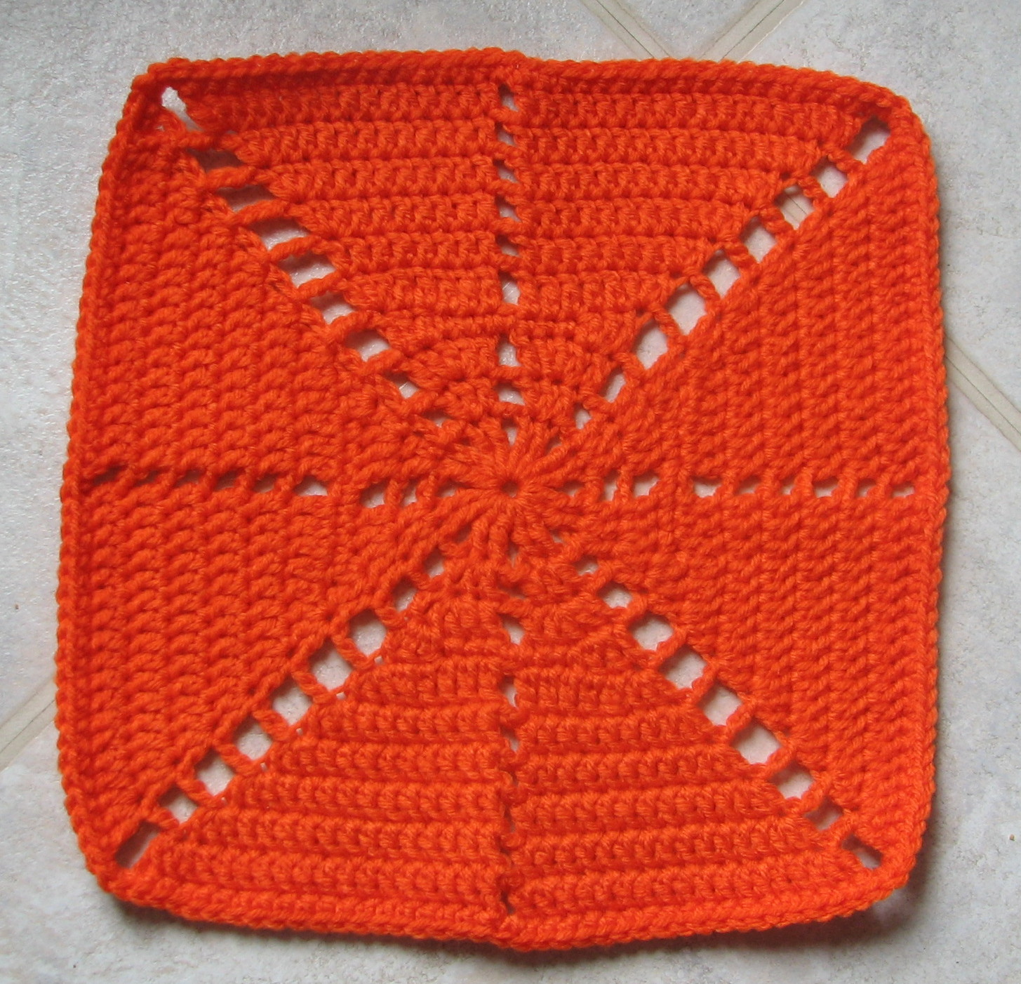 Crochet Patterns Squares : Citrus Spray Afghan Square - Ambassador Crochet Ambassador Crochet