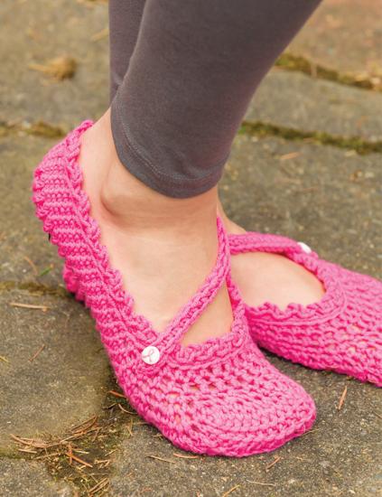 B1217 Crochet Pink 3rd.indd