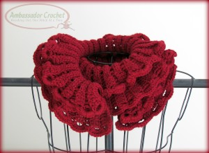 Ruffles Scarf pattern by Shelby Allaho